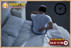 Đau lưng gây mất ngủ dấu hiệu cảnh báo nhiều bệnh tật nguy hiểm   Phòng khám đa khoa Hoàn Cầu